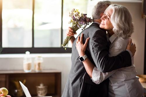 結婚記念日に何故お祝いするのか?
