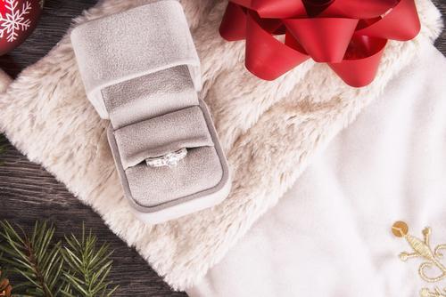 クリスマス_プロポーズ_婚約指輪_指輪以外