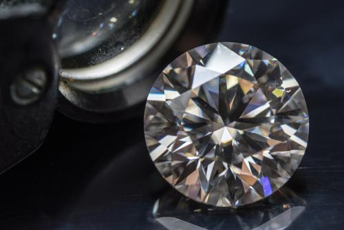 婚約指輪-エンゲージリング-ダイヤモンド