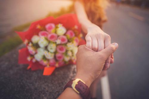プロポーズ-花-プレゼント-バラ-ピンク