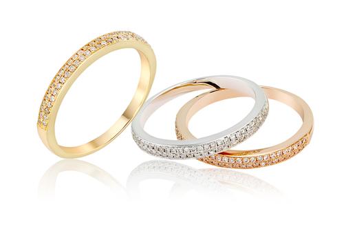 ハーフエタニティリング-婚約指輪-結婚指輪