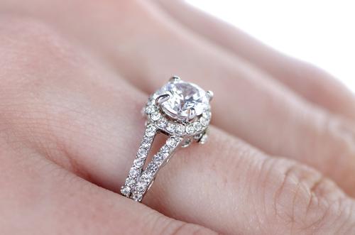 婚約指輪_ダイヤモンド_カラット_0.5カラット