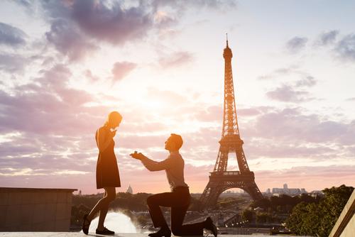 海外旅行_プロポーズ_婚約指輪_エンゲージリング_フランス_パリ_エッフェル塔
