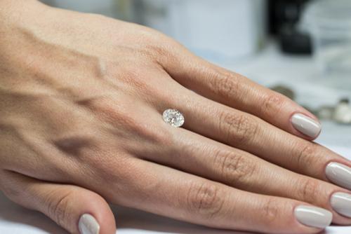 ダイヤモンドプロポーズ-婚約指輪-エンゲージリング-ダイヤモンド-プロポーズ