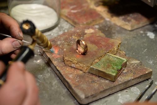 婚約指輪-プラチナ-ゴールド