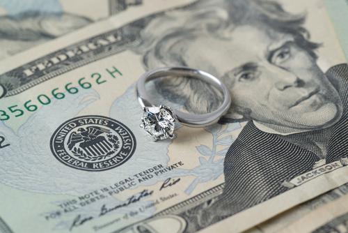 婚約指輪_予算_価格