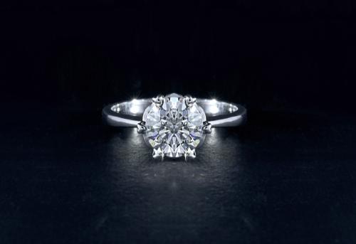 婚約指輪-ダイヤモンド-プロポーズ-エンゲージリング-カラット-0.7