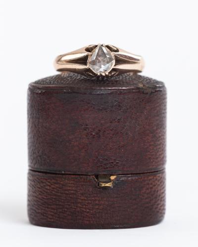 ダイヤモンド_譲る_婚約指輪