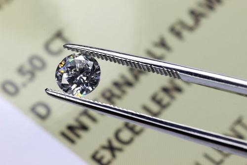 ダイヤモンド-原石-カット-研磨